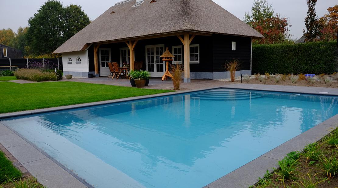 Uitzonderlijk Een polypropyleen zwembad is een mooi stukje natuur in je tuin  SQ-76